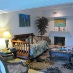 Living room in Hemingway Suite
