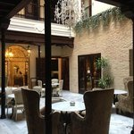 Tea and breakfast courtyard. lovely...