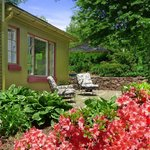 Dragonfly cottage patio- great for outdoor grilling