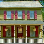 Dragonfly Cottage in Lancaster County, PA- Pets Welcome