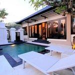 Photo de The Tukad Villa