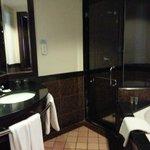A spacious luxurious bathroom