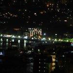 Вид ночной Ялты с балкона нашего номера