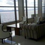 Lobby con vistas espectaculares!!!