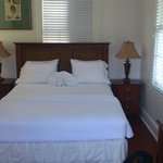 "Nice queen sized bed in ""The blue room"""