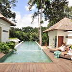 Three bed room villa's pool