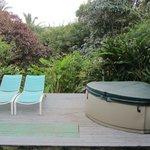 Garden Lanai & Hot tub