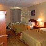 Two Double Beds - Tempurpedic Mattresses with hardwood floor
