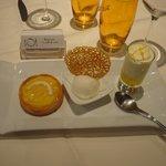 Déclinaison de citron ( tarte citron, sorbet maison, mousse limoncello tuile citron )