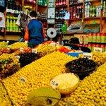 Mercado - venta de aceitunas