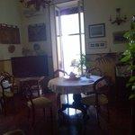 11_B&B Latomare_1 vista sala colazione e soggiorno