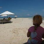 Nikoi Beach