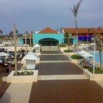 espace bar et piscine