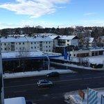 Blick aus dem Hotelzimmer: Blick Richtung Süden, also Richtung See