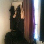 mini armoire