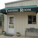 Pre-fab, non-descript Tasting Room & welcoming Gift Shop