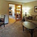 AmericInn Hartford - Suite-2