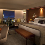 Luxury West Tower - Deluxe King