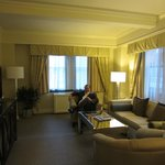 Suite 716