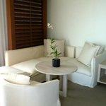 1 brdm Ocean Front Suite - lounge area