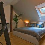 Loft-Bedroom Apartment - bedroom