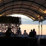 Roof top reasturant and bar