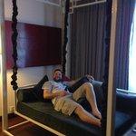 Swinging lounge bed!