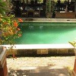 Pool direkt vor der Terrasse