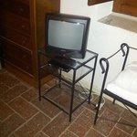 """il televisore in camera di una """"suite"""""""