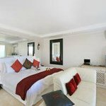 Classic Suite with Seaview, Pation & Spa Bath