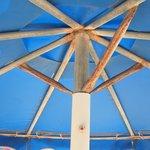 4 star beach umbrellas