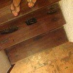 Vorsicht Falle! Ausgefaulte Treppenstufen zum Zimmer