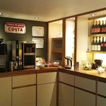 Coffee/Tea bar. Costa coffee maker. Very good coffee!