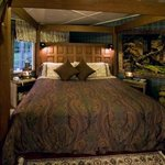 Timbers Suite Bed