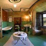 Superior Double Room Bathroom