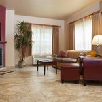 Royal_King_Corner_Pet_Friendly_Suite