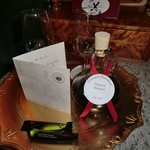 The handwritten welcome note and bottle of Madeira wine wait