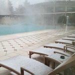 piscina innevata