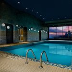 The indoor pool at Sheraton on the Falls