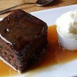 Sticky Toffee Pudding with vegan vanilla ice cream