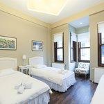 Bedroom of the Akana Suite flat #2