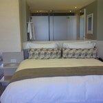 nice bed! very comfy!