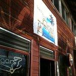 Foto de West End Cigar Bar