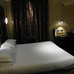 Zimmer 405 Hotel Champs Elysees