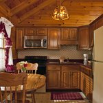 Honeymoon Log Cabin Fully Equipped Kitchen