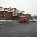 Front view of Best Western Luxbury Inn Dec 31, 2012