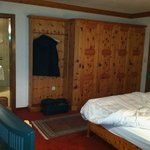 Room - knotty pine furnishings