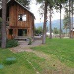 Matt's Cabin front entrance.