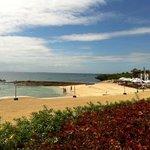 从沙滩吧望向海滩