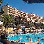 Vista desde la piscina del Hotel.